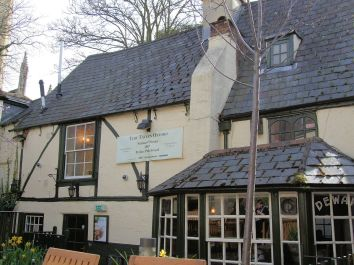 1280px-Turf_Tavern_in_Oxford,_England
